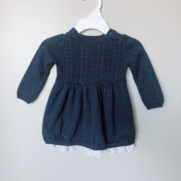 GAP Other - 🍁Gap 3-6m Navy knit dress with lace bottom